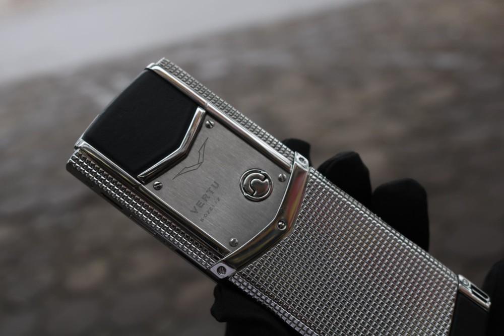 Vertu Signature S Clous De Paris Stainless Steel 5