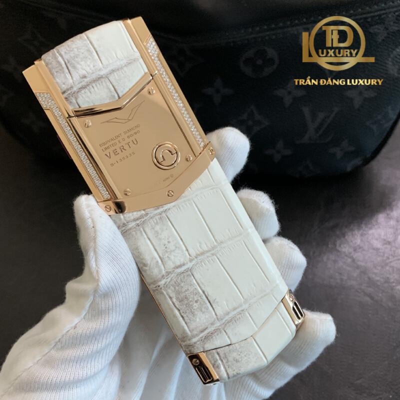 Vertu Signature S Equivalent Diamond Rose Gold Aligator Limited 4