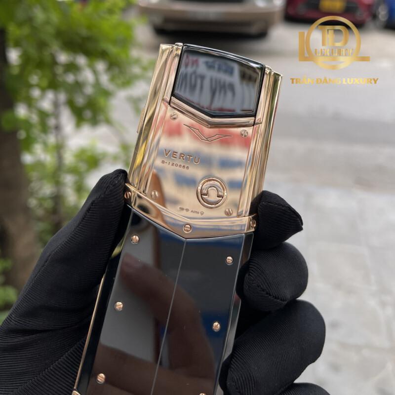Vertu Signature S Rose Gold Diamond Keys 6