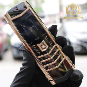 Vertu Signature S Rose Gold Diamond Skin 2 1