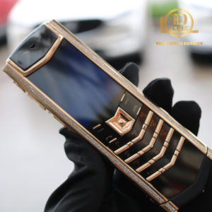 Vertu Signature S Rose Gold Diamond Skin