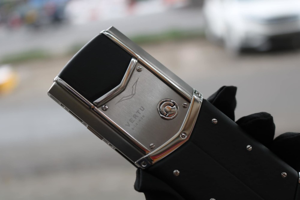 Vertu Signature S Steel 3