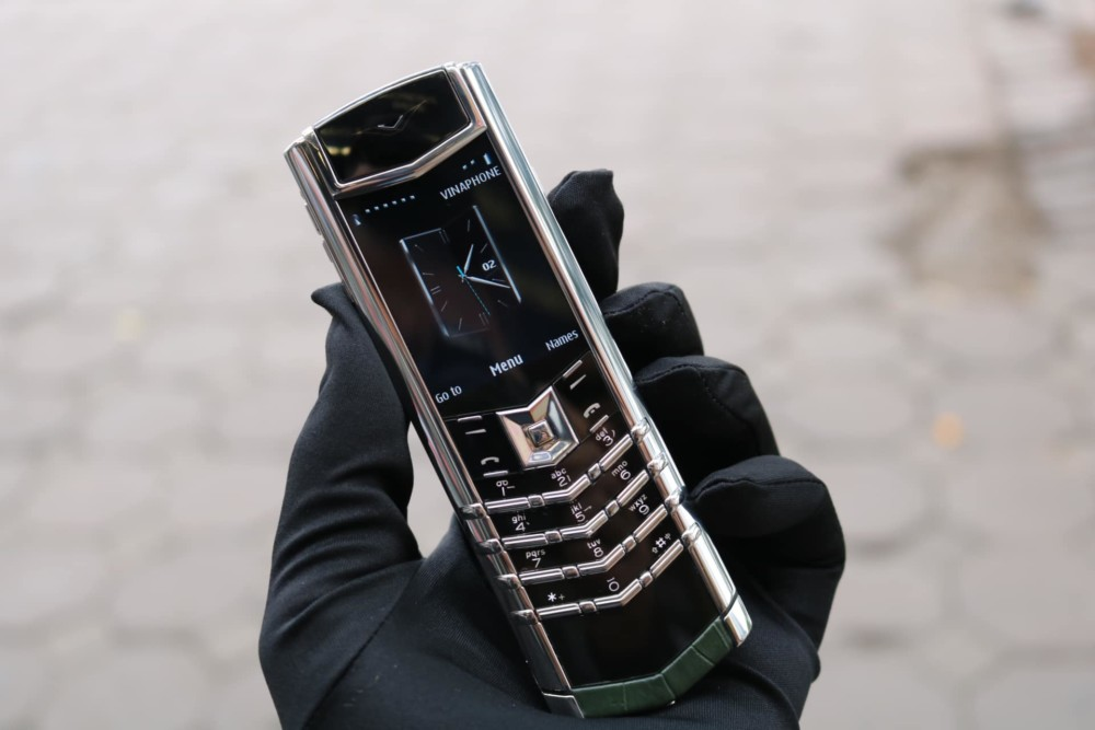 Vertu Signature S Steel Green Alligator 2