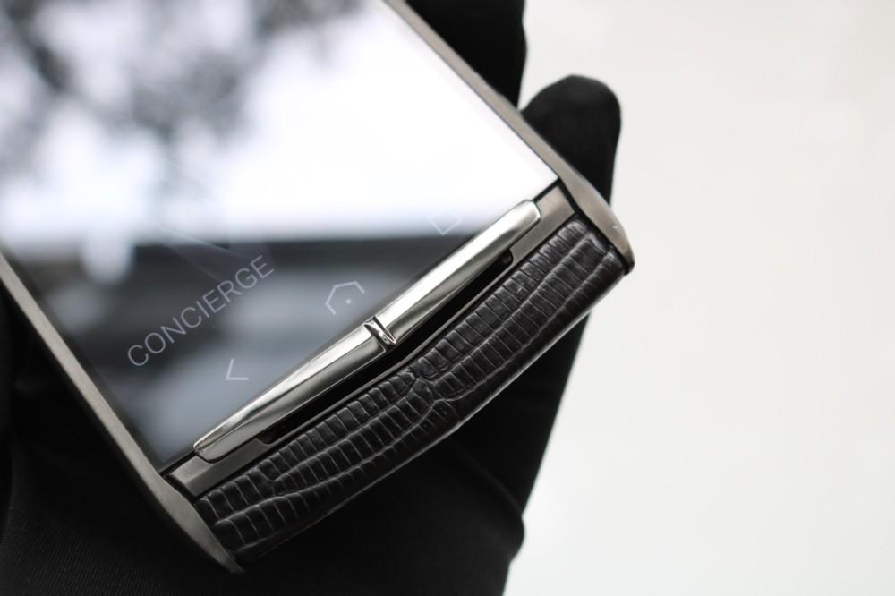 Vertu Signature Touch Pure Black Lizard New 5