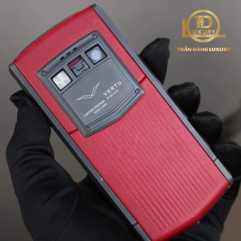 Vertu Touch Ti Red Limited Edition